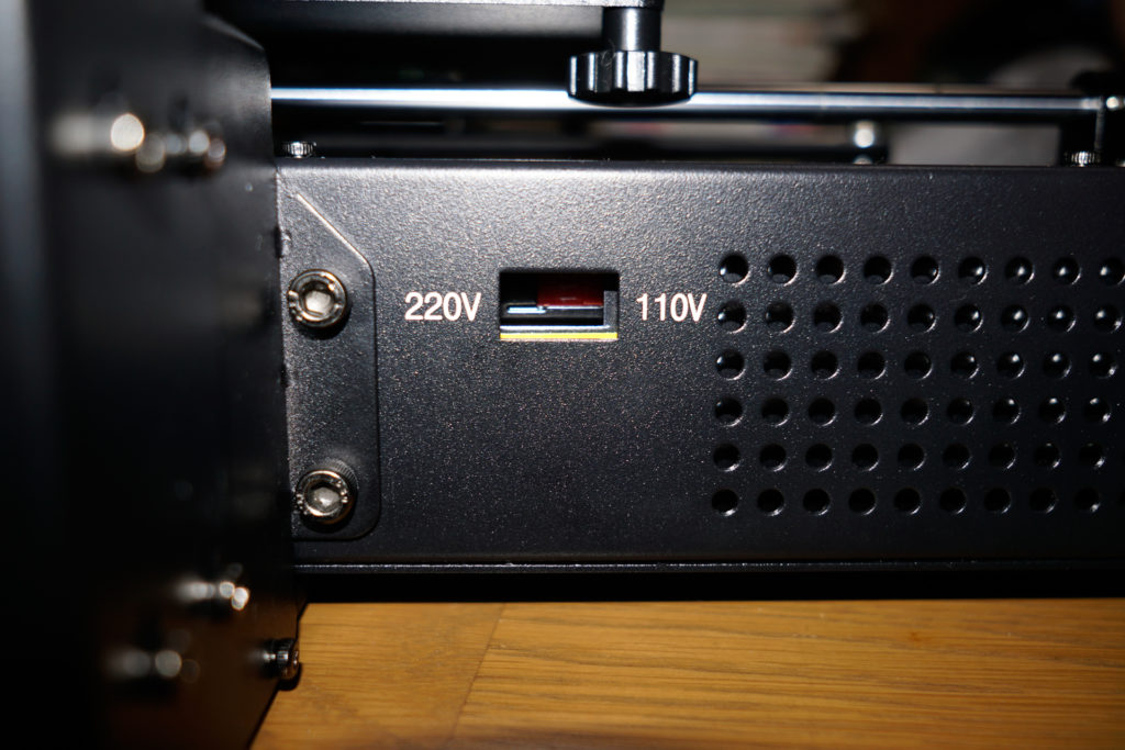 3Dプリンター Anycubic i3 Mega 組み立て 電源を110V側に